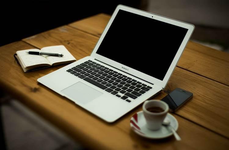 rezervacija-sajt-kompjuter