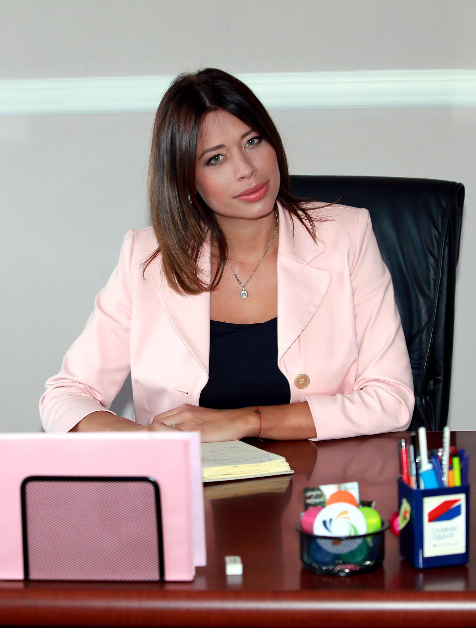 Irena V.