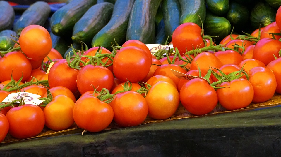 """Sveže sezonsko voće i povrće je bolje od """"brze"""" hrane"""