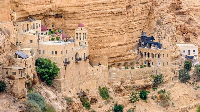 Manastiri u Izraelu