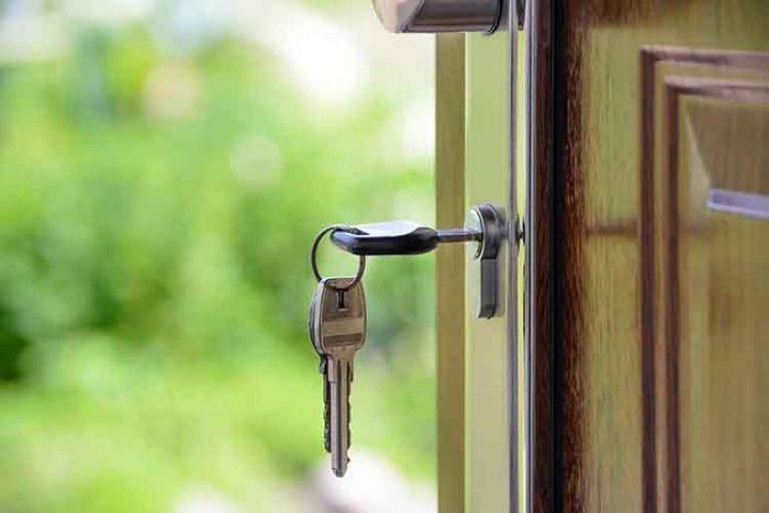 vrata sa kljucem